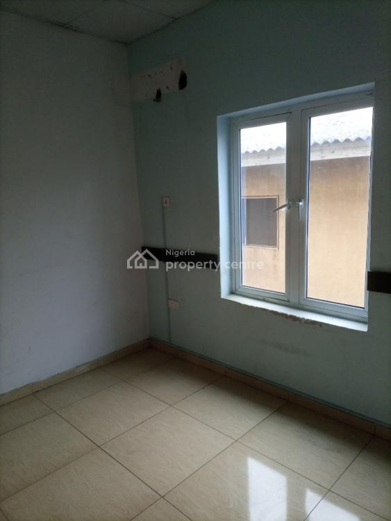 Serviced Office Space Along, Road By The Roundabout, Ogudu Road By The Roundabout Side of Adebare Street, Ogudu, Lagos, Office Space for Rent