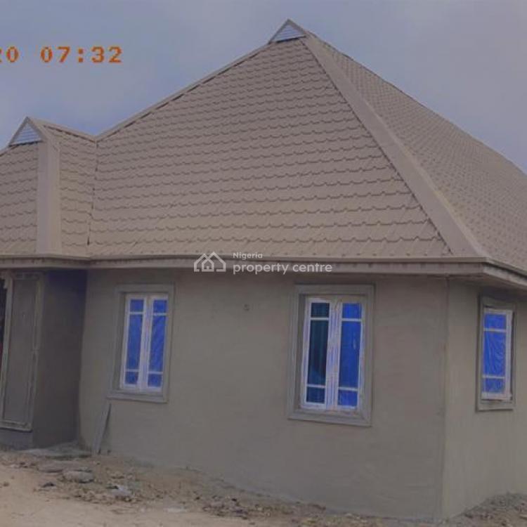 Ensuites Standard 4 Bedroom Flat, Shodeke Tuntun Lafenwa, Abeokuta North, Ogun, Terraced Bungalow for Sale