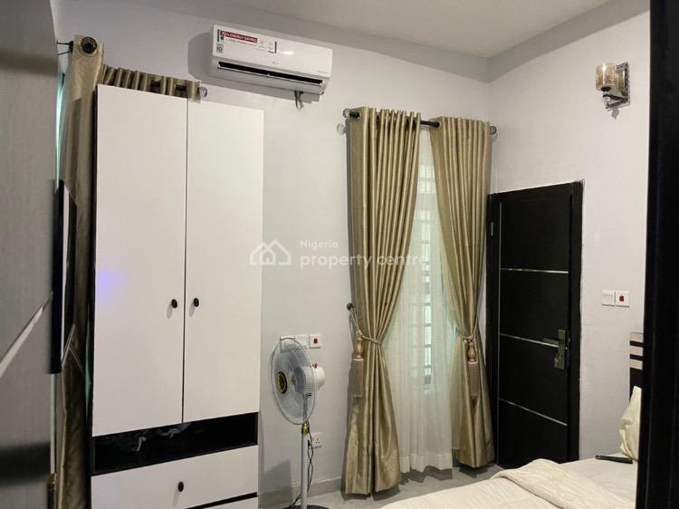 Oral Apartment, 14 Taiwo Onanuga Street, Ikota, Lekki, Lagos, Semi-detached Duplex Short Let