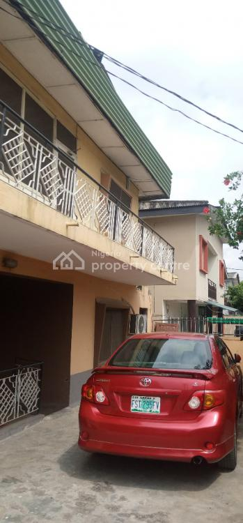 Luxury 3 Bedrooms Flat with Excellent Facilities, By Babatunde Street Off Ogunlauna Drive, Surulere, Lagos, Flat / Apartment for Rent