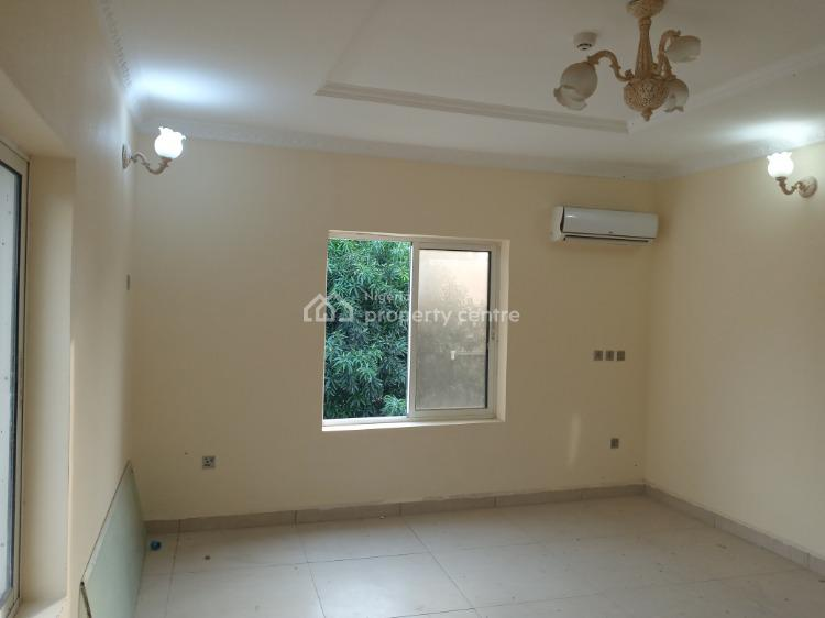 Well Finished Serviced 3 Bedroom Flat Attached with Swimming Pool, Main Maitama, Maitama District, Abuja, Flat / Apartment for Rent