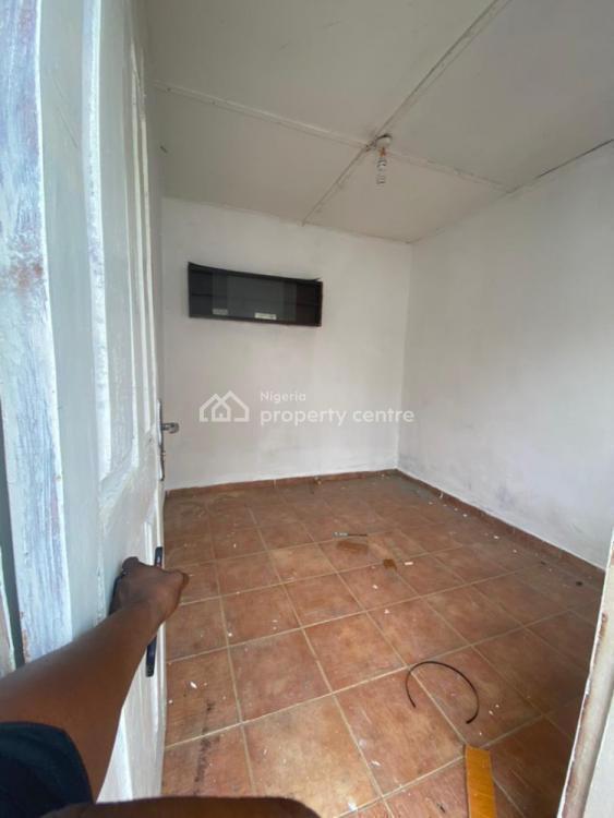2 Bedrooms, Kitchen and Restrooms., Vgc, Lekki, Lagos, Mini Flat for Rent