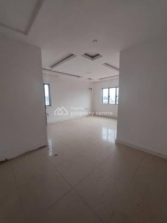 Spacious 4 Bedroom Penthouse Flat with 2 Rooms Bq, Ikoyi, Lagos, Flat / Apartment for Sale