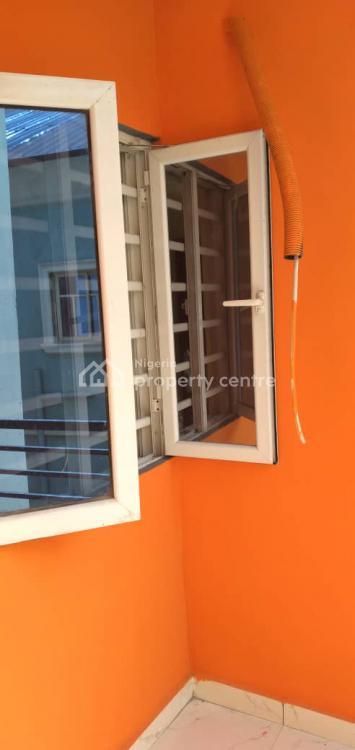 Serviced 2 Bedroom Flat, Alagomeji, Yaba, Lagos, Flat / Apartment for Rent