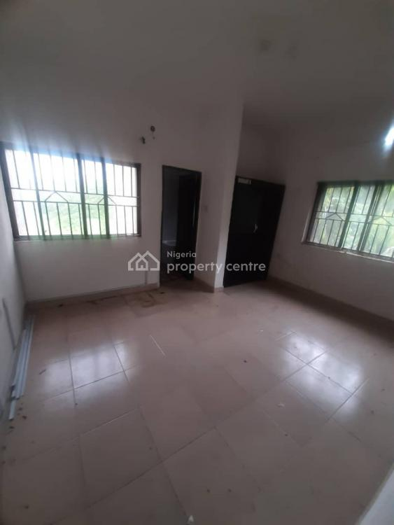 Spacious Self Contained with Wardrobe and Bathtub, Wuse 2, Abuja, Self Contained (single Rooms) for Rent