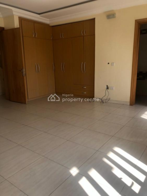 Lovey, Luxurious and Spacious 3 Bedroom Duplex with Bq Wit 24hrs Light, Lekki Phase 1, Lekki, Lagos, Terraced Duplex for Rent