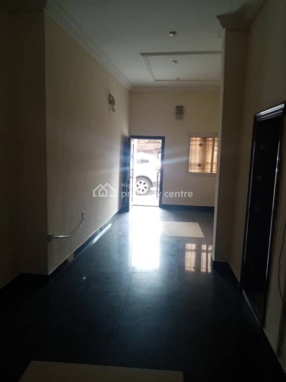 Executive 3 Bedroom, Off Adelabu, Adelabu, Surulere, Lagos, House for Rent