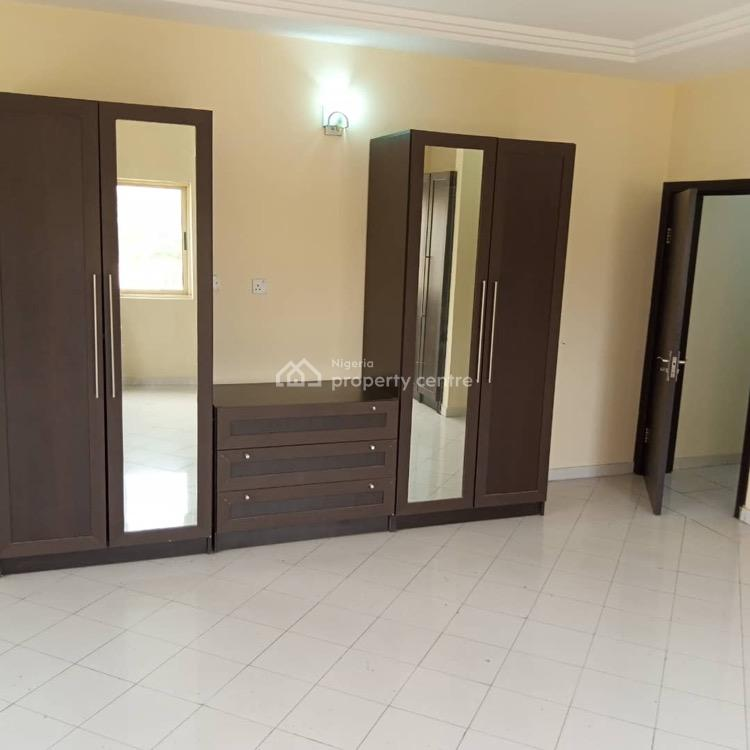 Luxury Brand New Service 3 Bedroom Apartment with Bq, Off Babatunde Anjous, Lekki Phase 1, Lekki, Lagos, Flat / Apartment for Rent