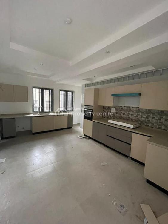 Fantastically Finished 3 Bedroom Flat + Bq, Lekki Right Hand Side, Lekki Phase 1, Lekki, Lagos, Flat / Apartment for Rent