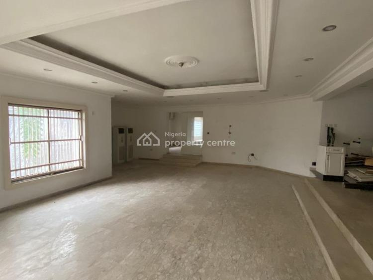 Spacious 5 Bedrooms Fully Detached House with 2 Room Bq, Lekki Phase 1, Lekki, Lagos, Detached Duplex for Sale
