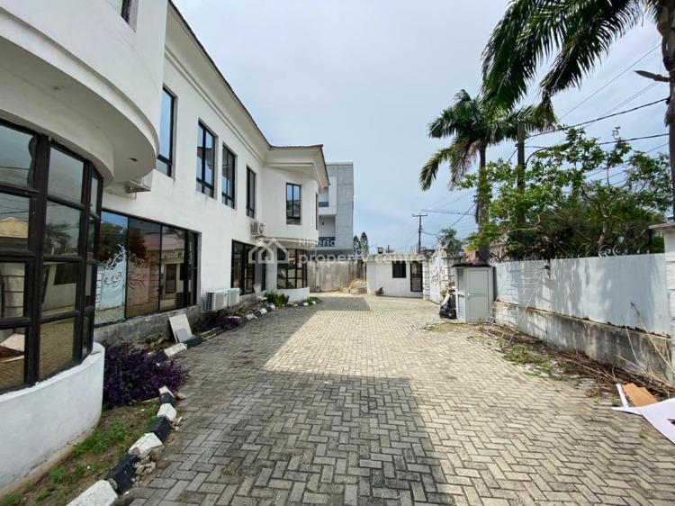 Well Maintained 10 Bedroom Fully Detached House, Off Admiralty Way, Lekki Phase 1, Lekki, Lagos, Detached Duplex for Sale