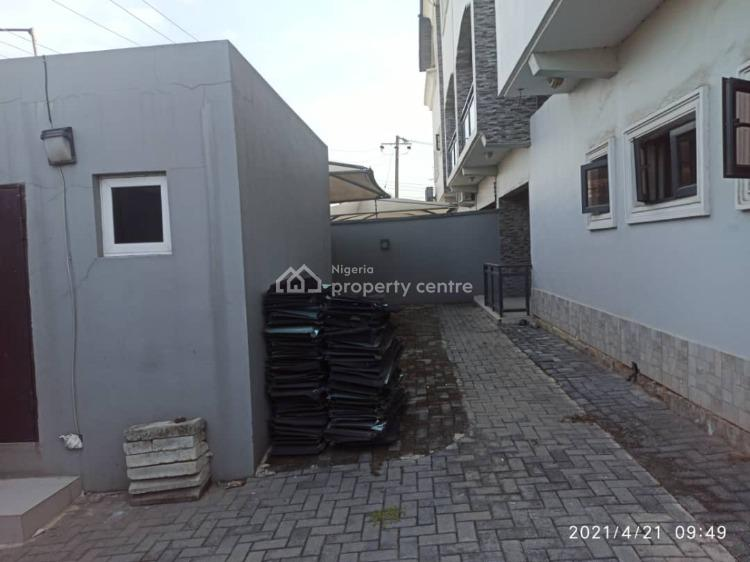 4 Bedroom Semi Detached House with 2 Room Bq, Off Admiralty Way, Lekki Phase 1, Lekki, Lagos, Semi-detached Duplex for Sale