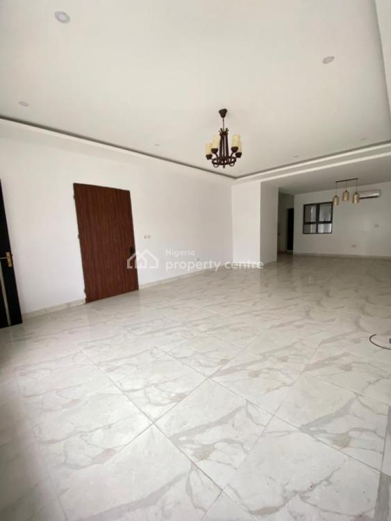Serviced 3 Bedrooms Apartment with Pool, 24 Hour Light, with Bq, Lekki Phase 1, Lekki, Lagos, Flat / Apartment for Sale