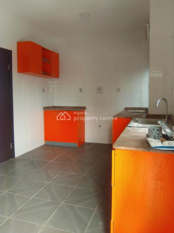 3 Bedroom Flat with Spacious Rooms and Bq, Lekki Phase 1, Lekki, Lagos, Flat / Apartment for Rent