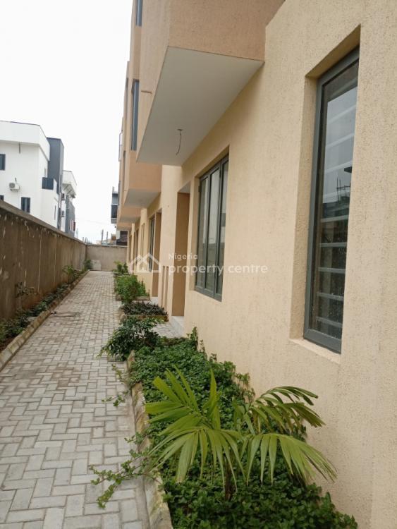 Executively Built 4 Bedroom Duplex with Boys Quarter, Lekki Phase 1, Lekki, Lagos, Terraced Duplex for Sale