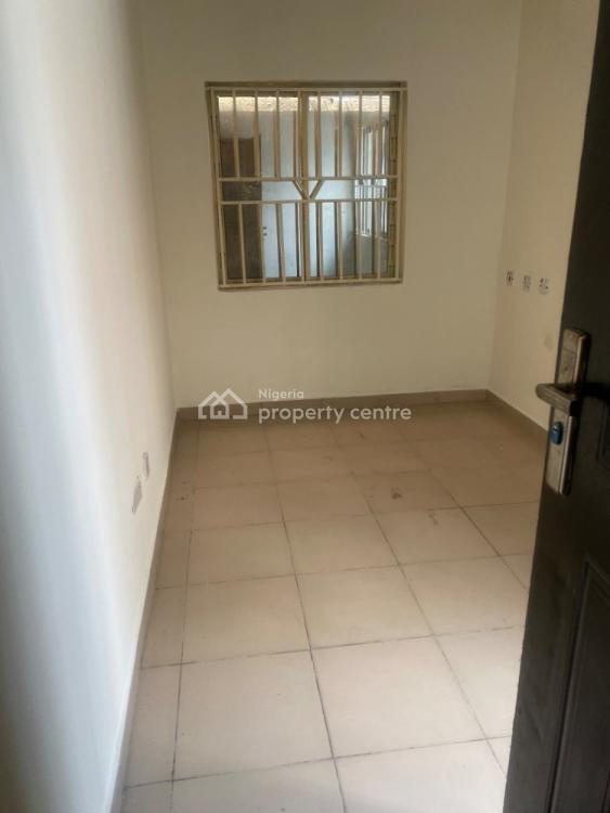 2 Bedroom for 1.8m, Off Freedom Way, Lekki Phase 1, Lekki, Lagos, Flat / Apartment for Rent