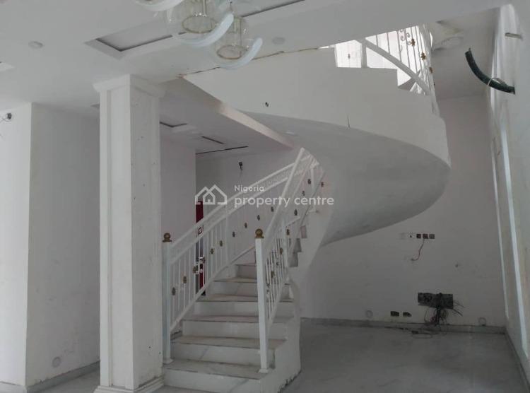 Selling: Grand 5 Bedroom Detached Duplexes, Omole Phase 1, Ikeja, Lagos, Semi-detached Duplex for Sale