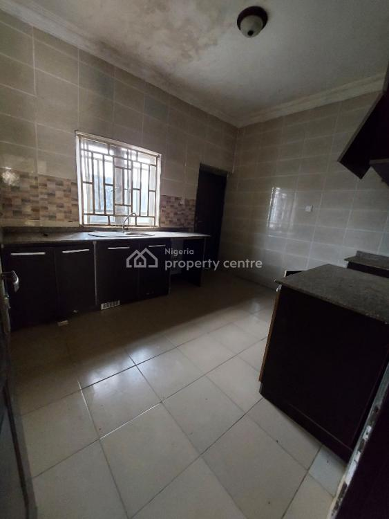 2 Bedroom Flat Upstairs Very Spacious, Royal Palmwill Estate Badore Road, Badore, Ajah, Lagos, Flat / Apartment for Rent