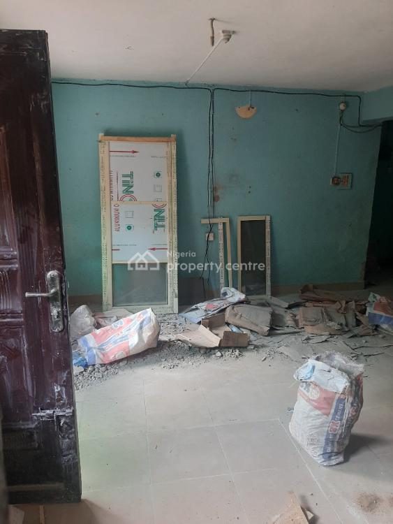 3-bedroom Flat in Serene and Secured Environment, Abule Ijesha, Yaba, Lagos, Flat / Apartment for Rent