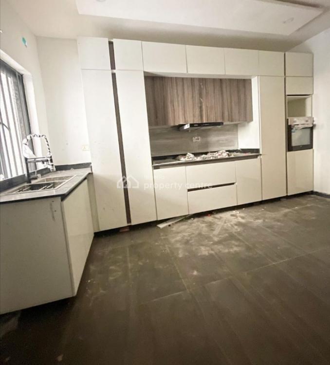 4 Bedroom Terrace Duplex, Ikate, Lekki Phase 1, Lekki, Lagos, Flat / Apartment for Rent