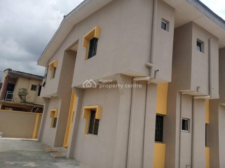 2 Bedrooms Flat, Alagbole, Via Ojodu Berger, Ojodu, Lagos, Flat / Apartment for Rent