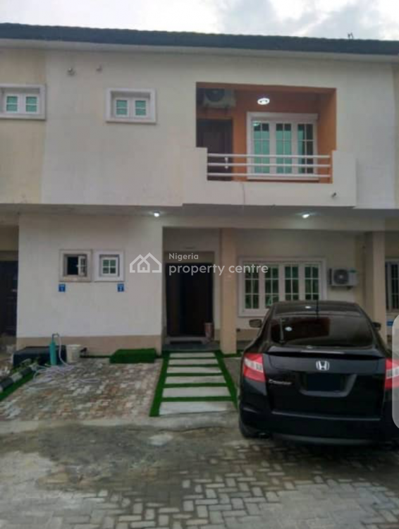 Distress of Furnished and Serviced 3 Bedroom Terrace Duplex, Lekki, Lagos, Terraced Duplex for Sale