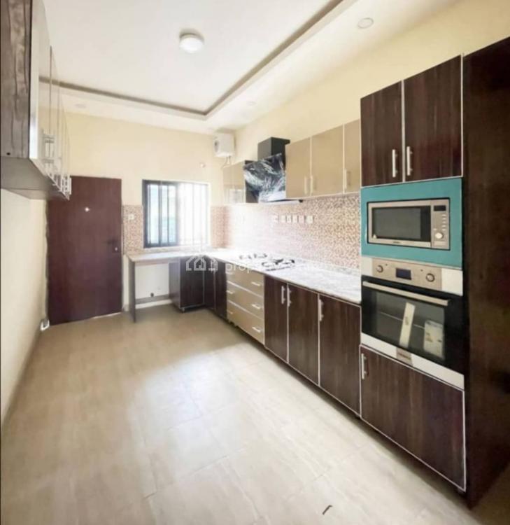 5 Bedrooms, Lekki Phase 1, Lekki, Lagos, Terraced Duplex for Rent