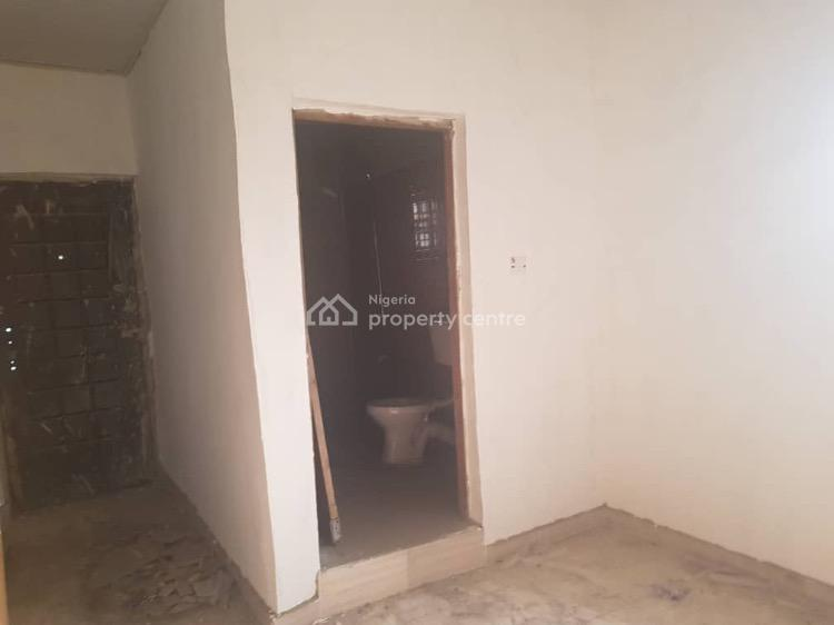 Newly Remodeled 3 Bedroom Terrace with Bq, Magodo Brooks Estate, Magodo, Lagos, Terraced Duplex for Rent