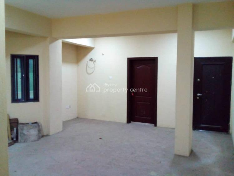 Nice and Spacious 2 Bedroom Flat Master Bedroom (ensuite), Inabere Street, Lagos Island, Lagos, Flat / Apartment for Rent