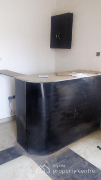 Newly Built Hotel Of 20 Rooms Dalemo B Stop Alakuko Sango