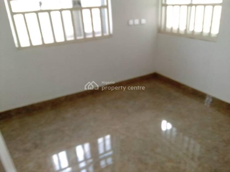 Modern 5 Bedrooms Bungalow, Brent Mall, Saw Mill Bus-stop, Old Ife Road, Ibadan, Oyo, Detached Bungalow for Sale