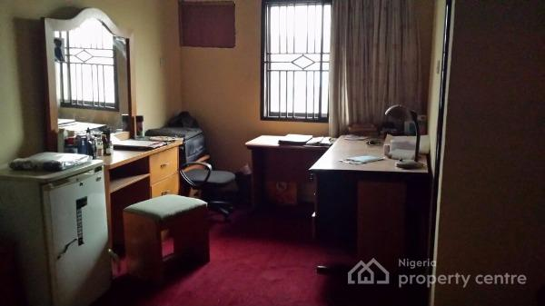 Joint Venture /investor Needed 37 Rooms Hotel  90 % Completed with a Functioning Bar, Ogudu Ori-oke Close to Oworonsoki Express Road, Ogudu, Lagos, Hotel / Guest House Joint Venture