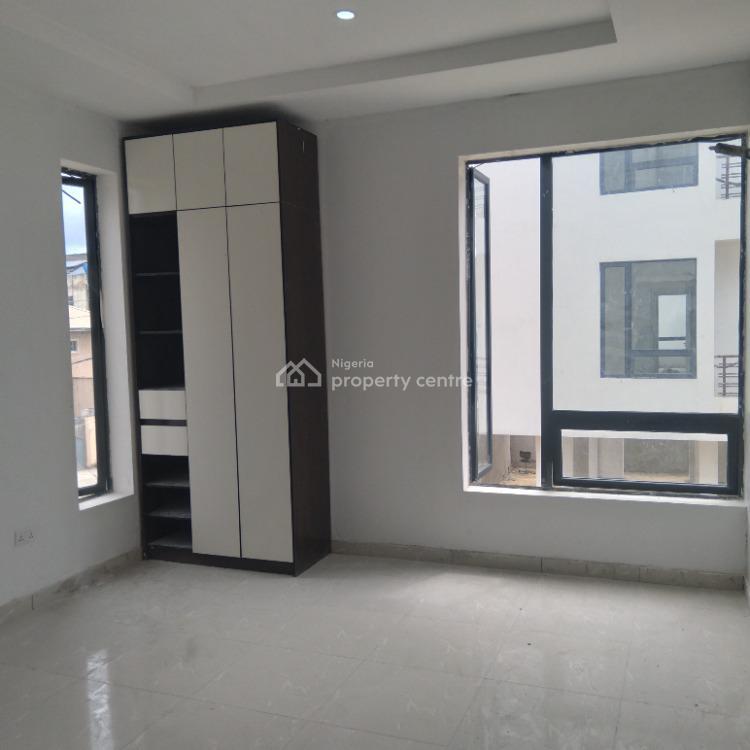 Brand New Serviced 2 Bedrooms Flat, Agungi, Lekki, Lagos, Flat / Apartment for Sale