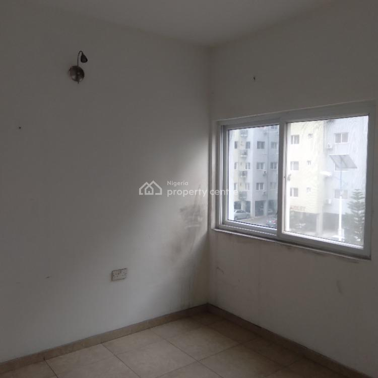 Well Finished Serviced 3-bedroom, Prime Water View Gardens, Ikate Elegushi, Lekki, Lagos, Flat / Apartment for Sale
