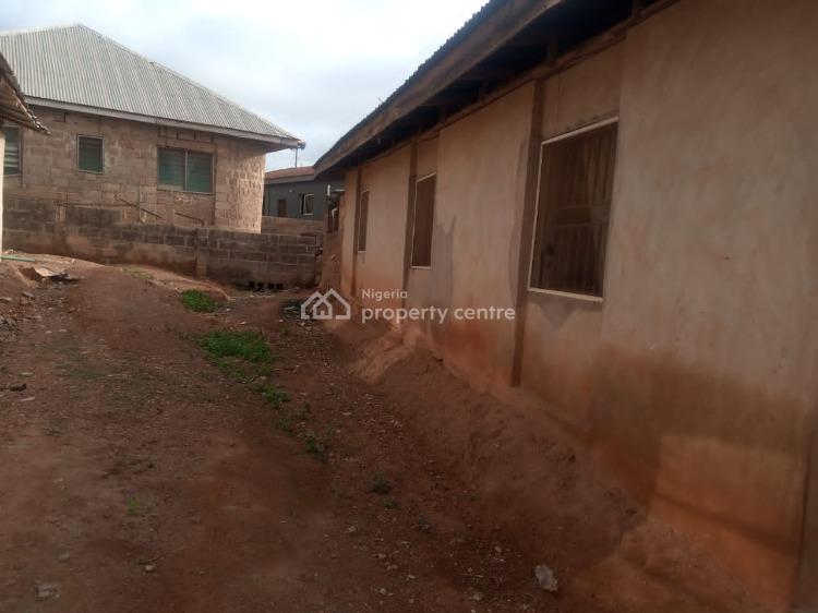 6 Room Tenement Building, Yawiri Akobo Ojuirin, Ibadan, Oyo, Flat / Apartment for Sale