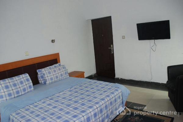 Short let 1 bedroom fully furnished apartment off oba One bedroom fully furnished apartments