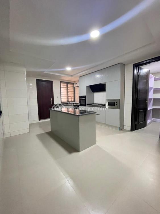 Luxury 3 Bedroom Apartment with Boys Quarter, Banana Island Road, Ikoyi, Lagos, Flat / Apartment for Rent