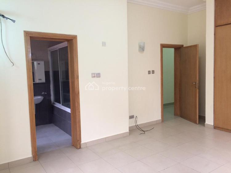 a Top Notch 3 Bedroom Apartment, Freedom Way Axis, Lekki Phase 1, Lekki, Lagos, Flat / Apartment for Rent
