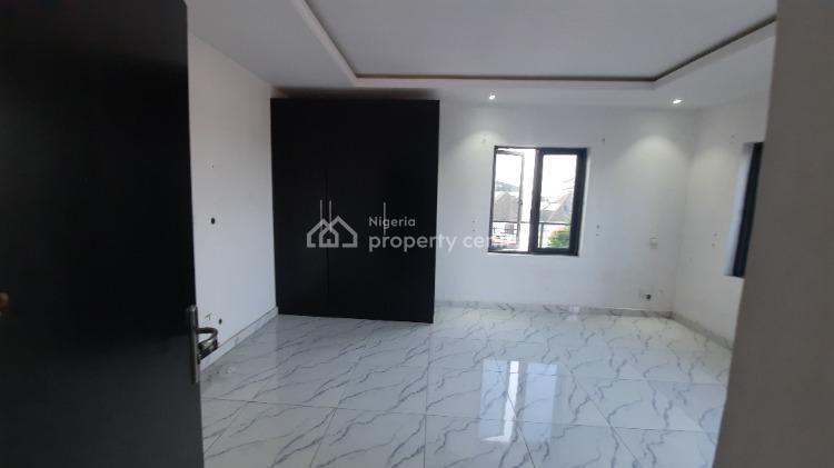 Luxury and Spacious 2 Bedroom Flat, Lekki Phase 2, Lekki, Lagos, Flat / Apartment for Rent