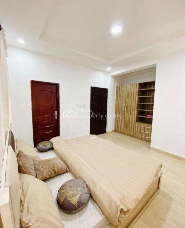 Luxury 2 Bedroom Good for Mini Get Togethers, Ilasan, Lekki, Lagos, Flat / Apartment Short Let