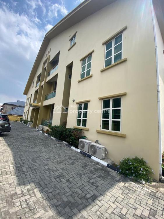 Lovely Self Serviced 3 Bedroom Flat with a Room Bq, Lekki Phase 1, Lekki, Lagos, Flat / Apartment for Rent