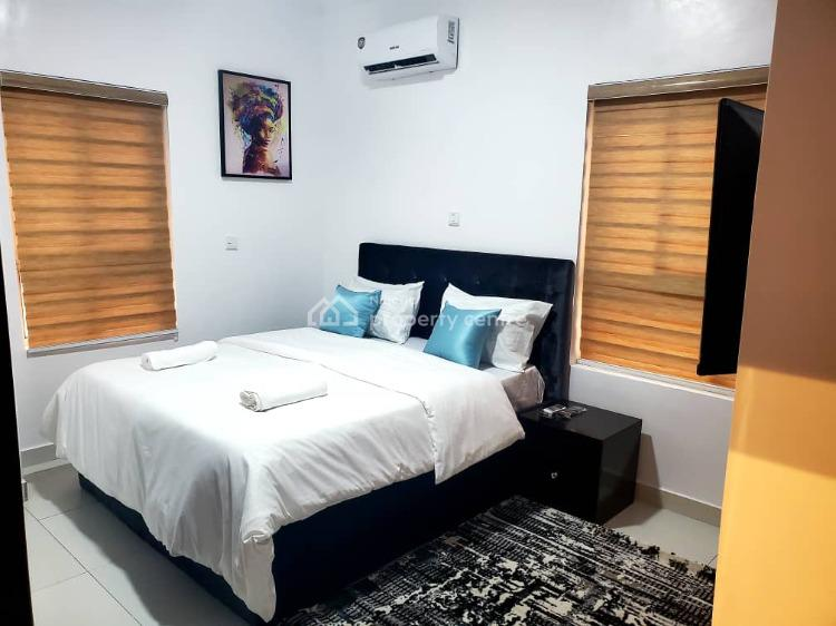 Nicely Built 2 Bedroom Flat, Lekki Phase 1, Lekki, Lagos, Flat / Apartment for Rent