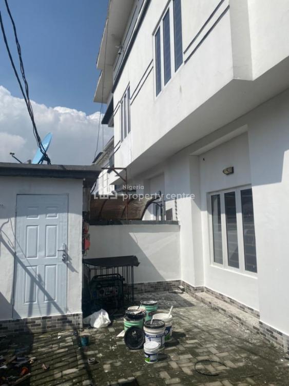 Distress 4 Bedroom Semi-detached Duplex, Thomas Estate, Ajah, Lagos, Semi-detached Duplex for Sale