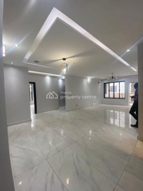 4 Bedroom Exclusive Apartment in a Beautiful Estate, Ikoyi, Lagos, Flat / Apartment for Rent