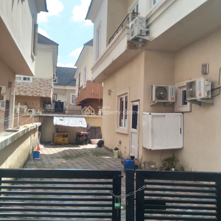 Distress 5-bedroom Fully Detached House with Bq, Bera Estate, Lekki, Lagos, Detached Duplex for Sale