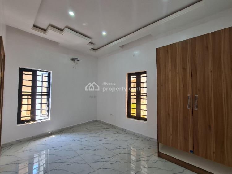 5 Bedroom Home with Bq, Self Service, Ikate Elegushi, Lekki, Lagos, Terraced Duplex for Sale