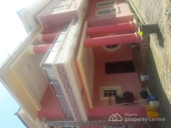 For sale 5 bedroom detached duplex 1 room bq fitted for B q bedrooms fitted