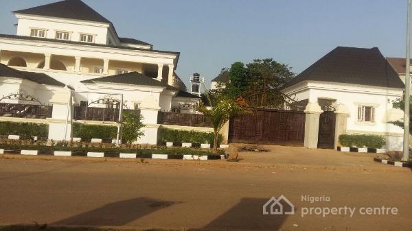 For sale 8 bedroom detached house 2 bedroom guest house for Houses for sale with guest house on property