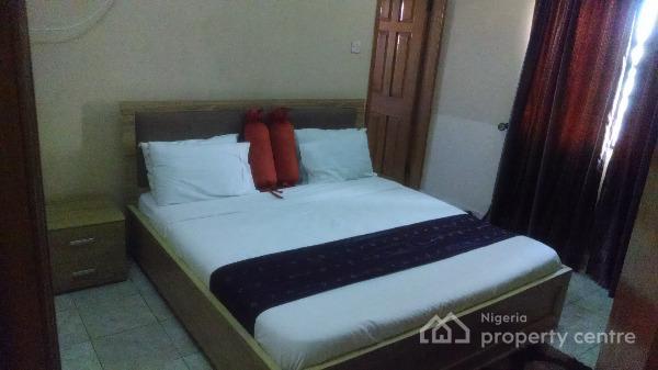 3bedroom Fully Furnished and Serviced Shotlet Apartment, Off Amiralty Way, Lekki Phase 1, Lekki, Lagos, Flat Short Let
