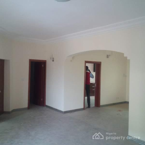 For Rent: Luxury Finished & Serviced 3 Bedroom Apartment